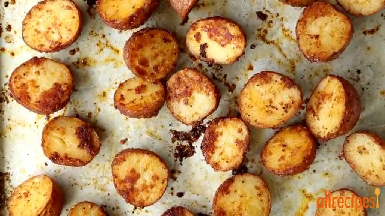how to cook potatoes in the oven with a roast